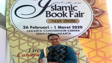 Photo of Novelis Muda Alumni Gontor Terima IBF Award 2020